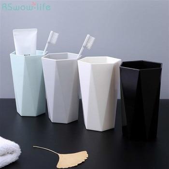 2 Pcs Per La Casa Tazza di Lavaggio Coppia Spazzolino Tazza di Plastica Creativo Semplice Bocca Tazza di Tazza di Acqua di Plastica Per Il Bagno Forniture