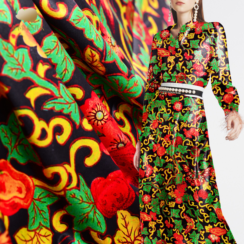 Personnalisé 108 cm de large 19mm soie stretch satin nouveau motif de fleur numérique jet d'encre papillon volant printemps et été vêtements en soie fa