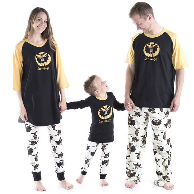 089f5575cb82 Family christmas pajamas 2018 Christmas bat-moose Print Family Matching  Clothes Matching Mother Daughte Father Son Mon New Year