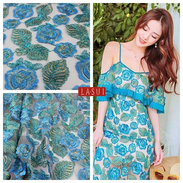 LASUI 2017New bleu fil d'or français soluble broderie dentelle tissu net os bucarest épais crochet bricolage robe X0145-in Tissu from Maison & Animalerie    1