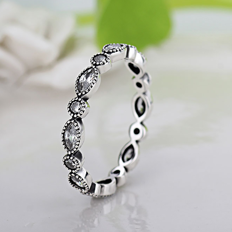 Pandora Interchangeable Earrings: Fashion Shinning Silver Color Pandora Ring Compatible