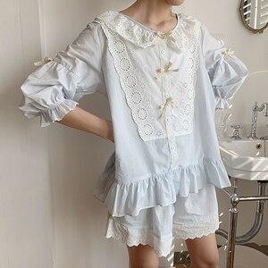 Image 2 - Vrouwen Lolita Prinses Kant Pyjama Sets Katoen Tops + Shorts.Vintage Dames Meisje Kant Pyjama Set. Zomer Nachtkleding Loungewear
