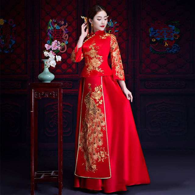 Asian Female Traditional Wedding Dress/Chinese Style Peacock Cheongsam