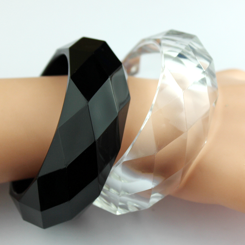 Women Jewelry White Black...