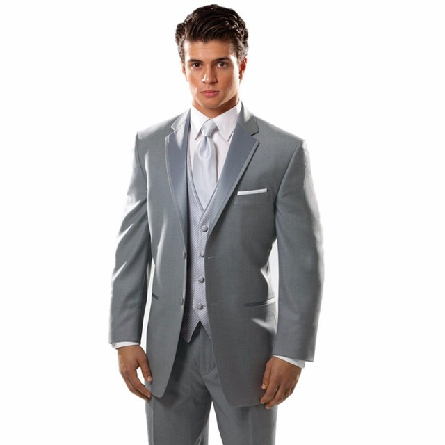 Nuevos hombres de los trajes gris claro muesca solapa vestido Formal  moderna de la boda esmoquin c4e4a267b4e