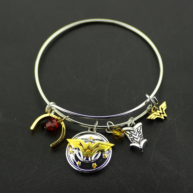 Marvel Series Wonder Woman Charm Bracelet with Armor Tiara Bangle
