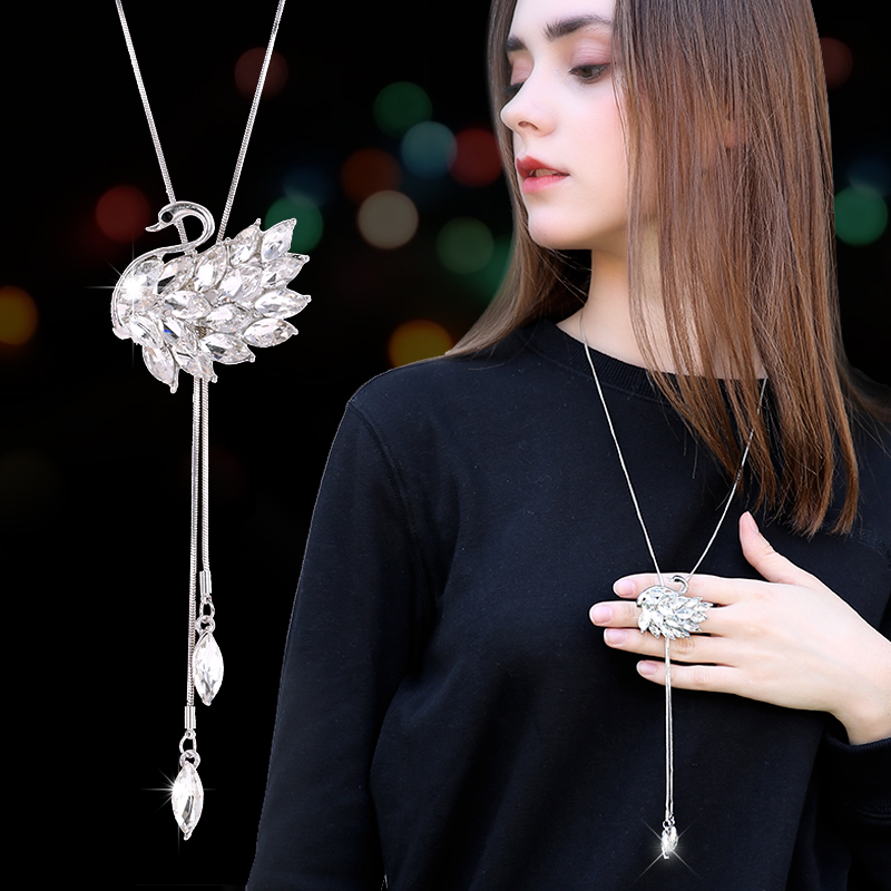 Zircon Swan Long Necklace Genser Chain Fashion Metal Chain Crystal Flower Anheng Halskjeder justert