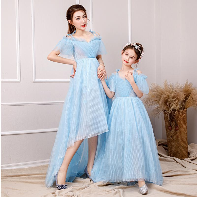Mother Daughter Tutu Dress Girls Evening Ball Gown Formal Wear Mom and Me Wedding Dress Off shoulder Family Matching OutfitsMother Daughter Tutu Dress Girls Evening Ball Gown Formal Wear Mom and Me Wedding Dress Off shoulder Family Matching Outfits