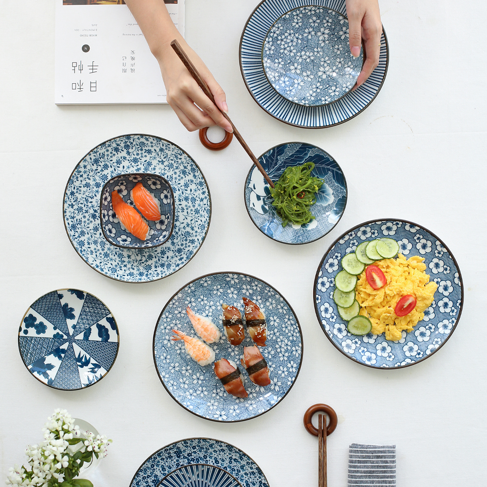 EECAMAIL Chinese style Plum blossom Blue And White Ceramic Tableware Plate Home Sish Fruit Plate Sushi Dish Household Plate