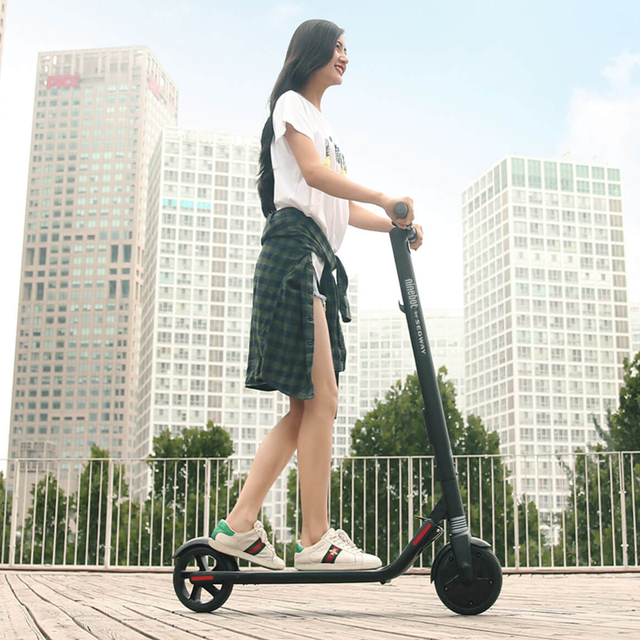 2018 Ninebot KickScooter ES1 Smart Electric Scooter foldable lightweight long board hoverboard skateboard 25KM mileage with APP