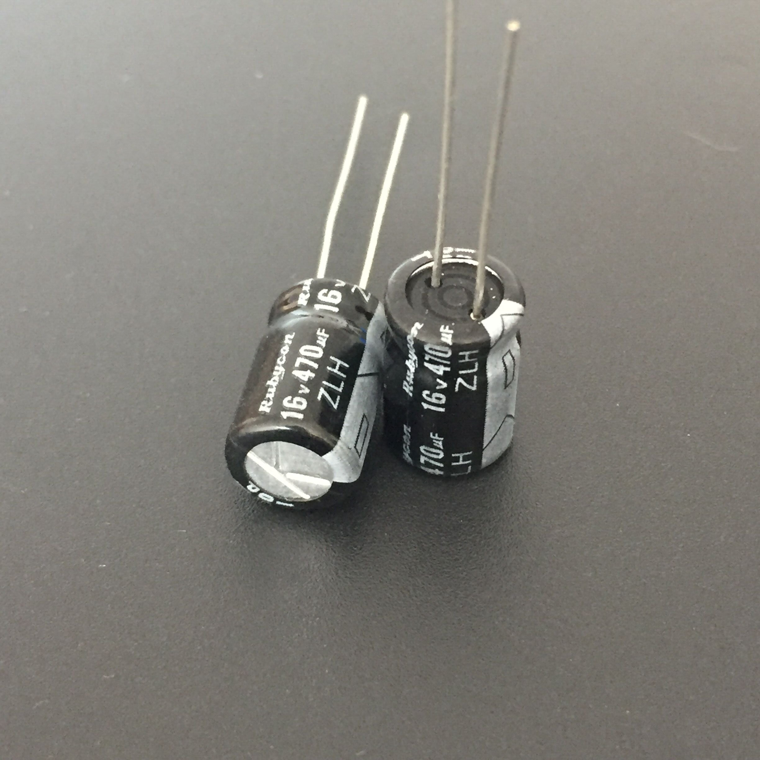 10pcs 470uF 16V Rubycon ZLH Series 8x12mm Low Impedance High Ripple Current Long Life 16V470uF Capacitor