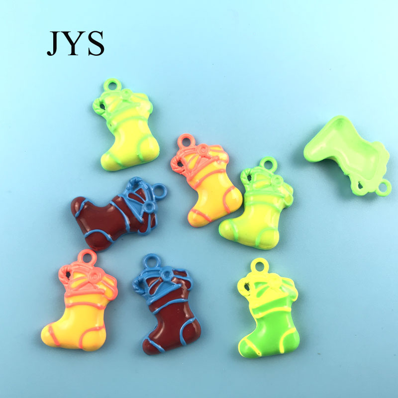 FREE SHIPPING 15*24MM 12PCS/LOT ZINC ALLOY CHARMS SOCKS STYLE CHAMRS FOR JEWELRY FINDING FOR NECKLACE BRACELET