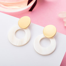 Minimalist Pendant Earrings Round Natural Shell Gold Geometric for Women Fashion Jewelry PP