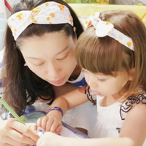 Повязки На Голову MIXIU для мамы и ребенка, 2 шт., эластичные резинки для волос с кроличьими ушами и бантом, аксессуары для волос для родителей и ...