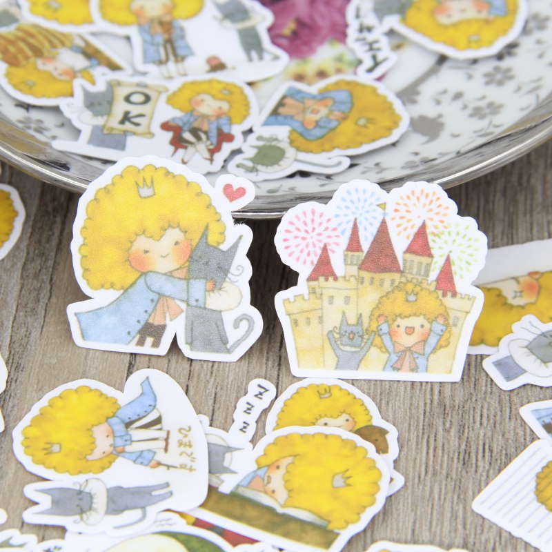 40 pcs Little prince and cat characters look homemade, childrens toys. Suit bag. Character animal hand. DIY scrapbooking
