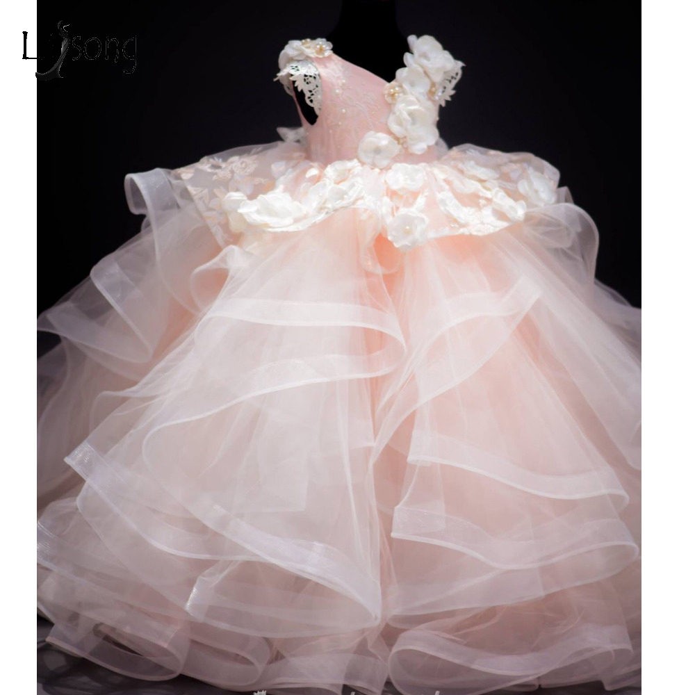 2017 Baby Pink Lush Pageant Dresses For Girls 3D Flower Lace Pearls Children Images Photoshoots Gowns