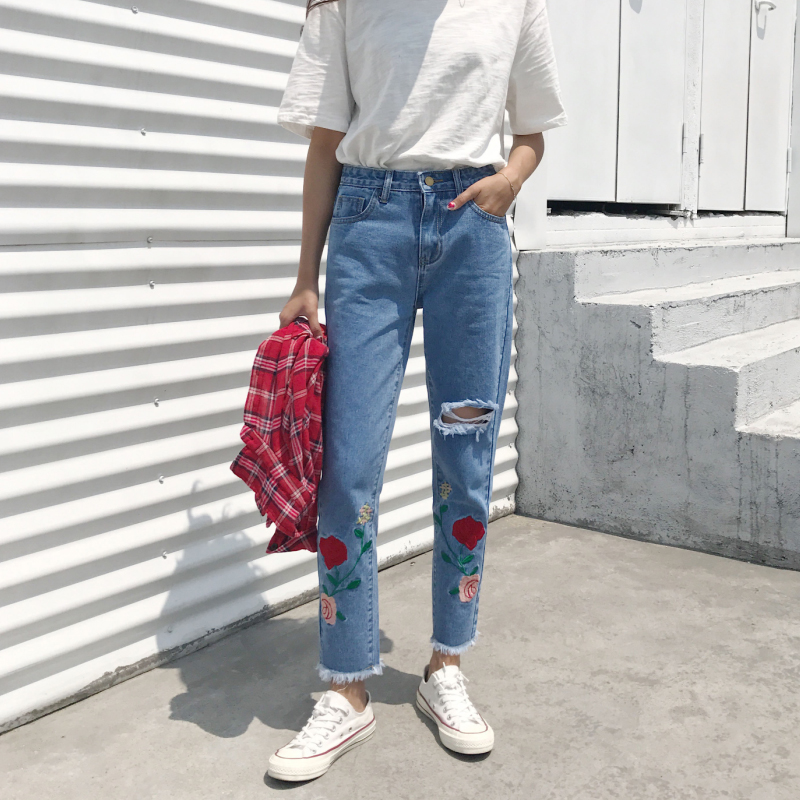 2017 Spring Fashion Deckle Edge Women'S Jeans Straight Casual Loose Embroidery Flower High Waist Jeans New Hole Womens Pants flower embroidery jeans female blue casual pants capris 2017 spring summer pockets straight jeans women bottom a46