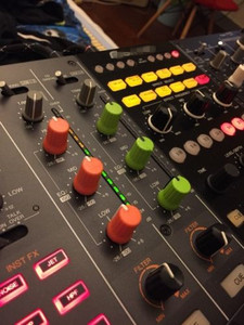 Image 5 - 50 sztuk/partia pokrętło NI dla Traktor Kontrol Z1 Z2 S2 S4 S5 S8 DJ kontroler mikser