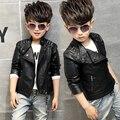 Alta calidad fresca ropa de la motocicleta ropa de cuero masculino niño 2016 PU otoño de la manera superior prendas de vestir exteriores de la chaqueta del bebé