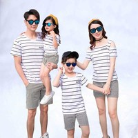 Summer Cotton Family Clothing 2019 New Clothes Striped T shirt shorts FAMILY For Mother Daughter And Father Son fashion suit