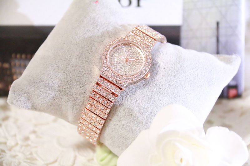 HTB1345wbMFY.1VjSZFqq6ydbXXaC Bs Bee Sister Diamond Women Watches Luxury Brand Small Dial Female Rose Gold Watches Ladies Stainless Steel Lock Bayan Kol Saati