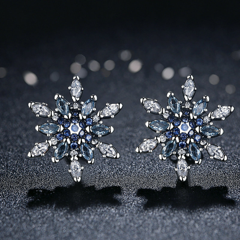 100% 925 סטרלינג כסף התגבשתי פתית שלג, כחול גבישי & נקה CZ Stud עגילים לנשים מתנות תכשיטים WEUS480