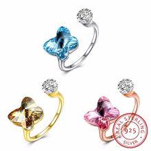 Женское кольцо с кристаллами Сваровски из серебра 925 пробы