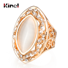 The Latest Retro Fashion Lace Hollow Horse Eye Resin of Ancient Roman Empress Silver Ring
