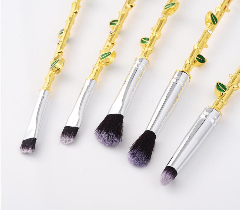 Free Shipping 5pieces/1set Good Quality Creative Rose Metal Makeup Brush with Rhinestone Wholesale Beauty Tool 2 pieces of battery free shipping wholesale 100