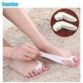2Pcs Thumb Valgus Protector Silicone Gel foot fingers Two Hole Toe Separator Bunion Adjuster Hallux Valgus Feet Massager C142