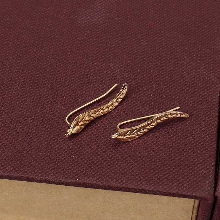 New Fashion Ear Sweep Wrap Silver Gold Ear Climber Ear Clip Cuffs Leafs Earrings Jewelry For Women Wing Ear Clips Earring 1 pair