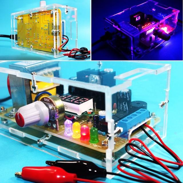 O Envio gratuito de Preço de Fábrica DA UE 220 V DIY Kit Placa de Alimentação de Tensão Ajustável LM317 Com Caixa de acrílico