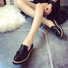 Fashion 2016 Spring Womens Oxfords Shoes Slip On Tassel Faux Leather Oxfords for Women Casual Comfort Ladies Shoes