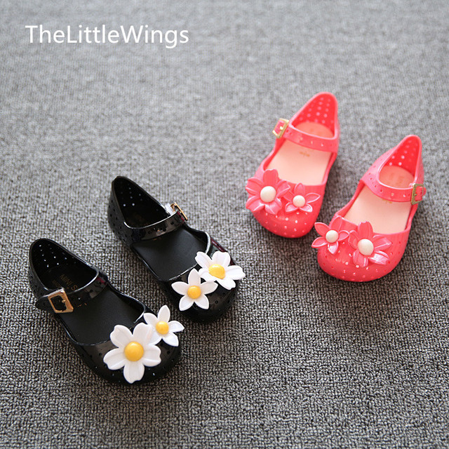 2018mini new products lovely flowers jelly cold shoes Korean version summer soft bottom girls sandals Super soft and comfortable Girl's Shoes