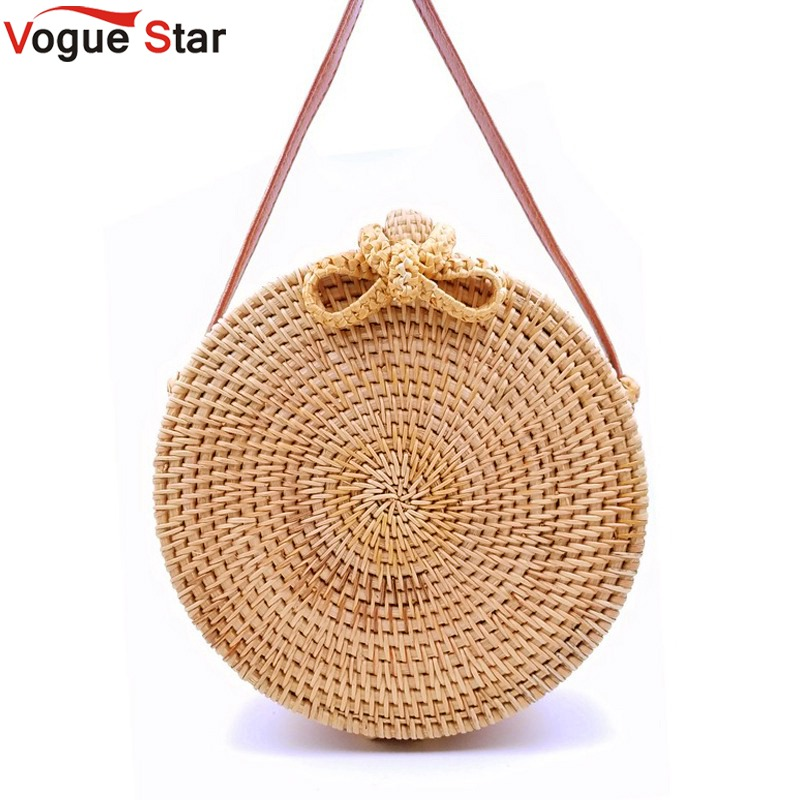 все цены на 2018 Round Straw Bags Women Summer Rattan Bag Handmade Woven Beach Cross Body Bag Circle Bohemia Handbag Bali LB971