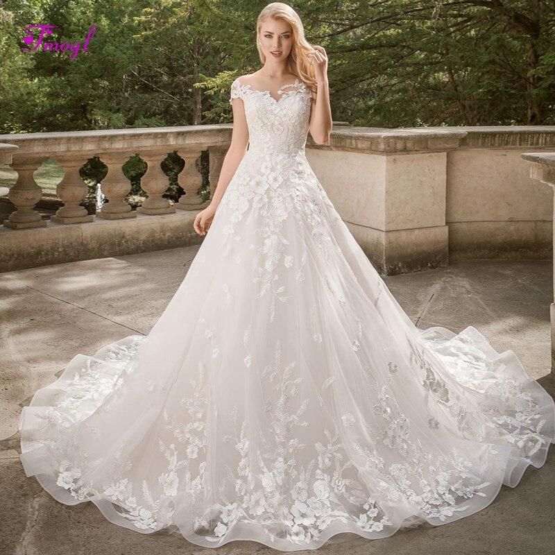 Fsuzwel Elegant O neck Cap Sleeves Vintage Wedding Dress 2019 Gorgeous Appliques Court Train A Line