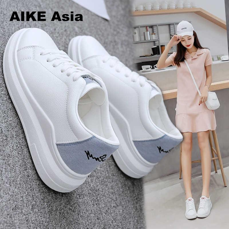 65e7b6474 Купить 2018 Весенние новые дизайнерские белые туфли на танкетке женские  кроссовки на платформе женские tenis feminino повседневные женские Zapatos  De Mujer ...