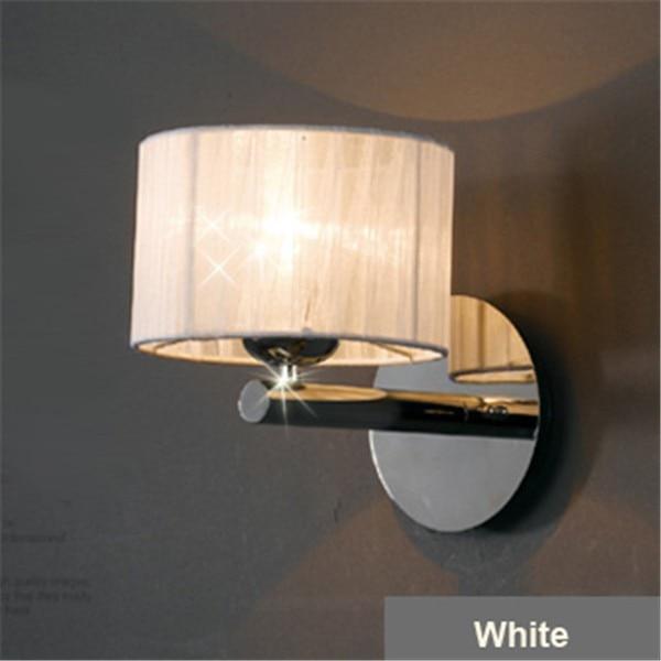 Պարզություն Ժամանակակից հյուրանոցի պատի լամպի բծախնդրությամբ քրոմի լույսի ննջասենյակի լուսավորող սարքերը