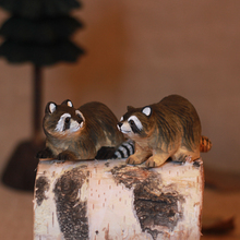 Wooden crafts, carving cute raccoons, home accessories desktop Decoration(A322)
