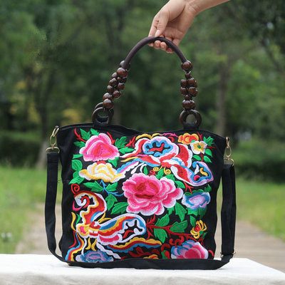 9eaea6ef747b New National Floral embroidery bags!All-match fashion handbags Top Women  casual embroidered bag wood beads travel shopping bag