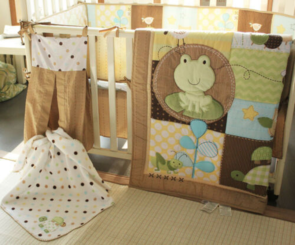 9pcs Boy Baby Bedding Set Frog Owl Bees Nursery Quilt Bumper Sheet Crib Skirt Toddler Bedding Set Quilt Bedroom Kids Bedding Set