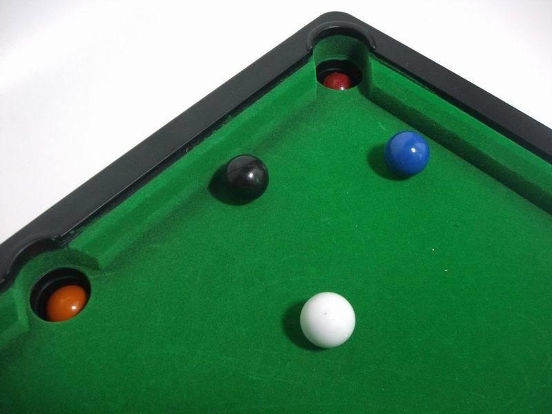 Children-Household-Mini-Indoor-Table-Tennis-Billiard-Toy-Decorative-Kids-Bedroom-Desktop-Simulation-Billiards-Sets-Balls-Sports-Toys-TY0144 (2)