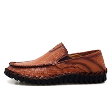 Men Loafers British Genuine Style Leather Loafers Flats Non-slip Driving Shoes Soft Handmade Casual Shoes 5#25D50 цена