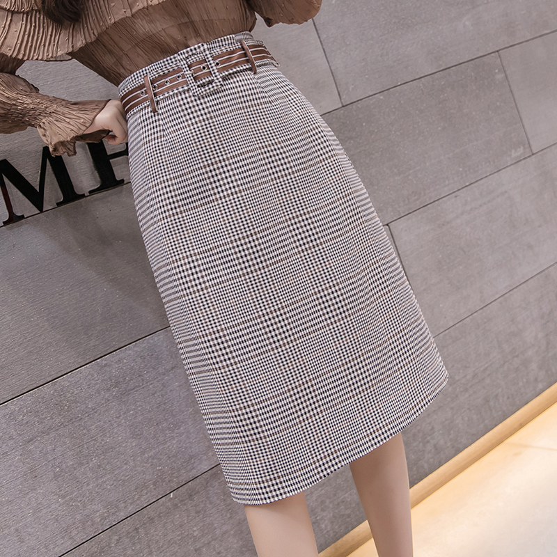 6a9756ad305e5 2018 Summer Autumn korean Plaid Skirts Womens High Waist England Style Midi  Skirt Belted Harajuku Plus Size A line Skirt saia-in Skirts from Women s ...