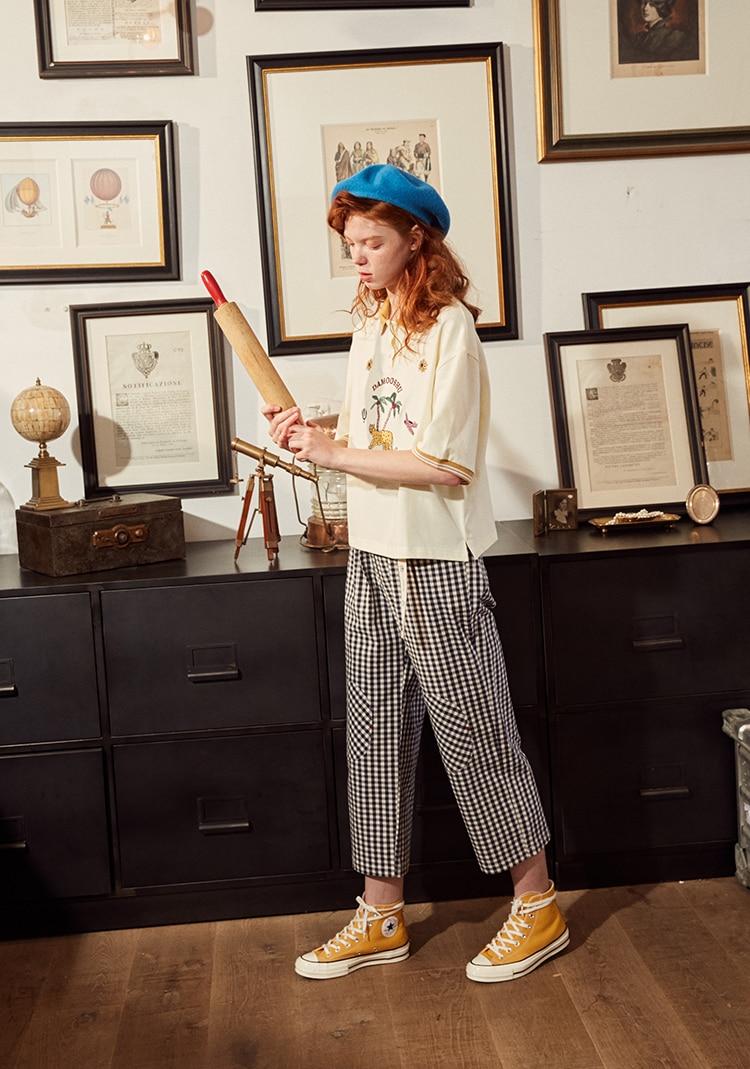 Fashion Design Plaid 2018 Elastic Waist Women Straight Pants Capris Cartoon Print Belt Calf Length Pants Summer Preppy Style 17