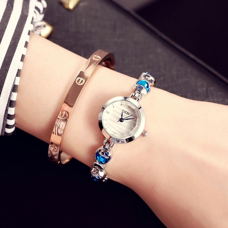 GEDI 2017 jaunais vienkāršais ikdienas modes rokassprādzes kvarca krāsas dimanta pulkstenis ūdensizturīgs sieviešu modes studentu pulksteņa puse