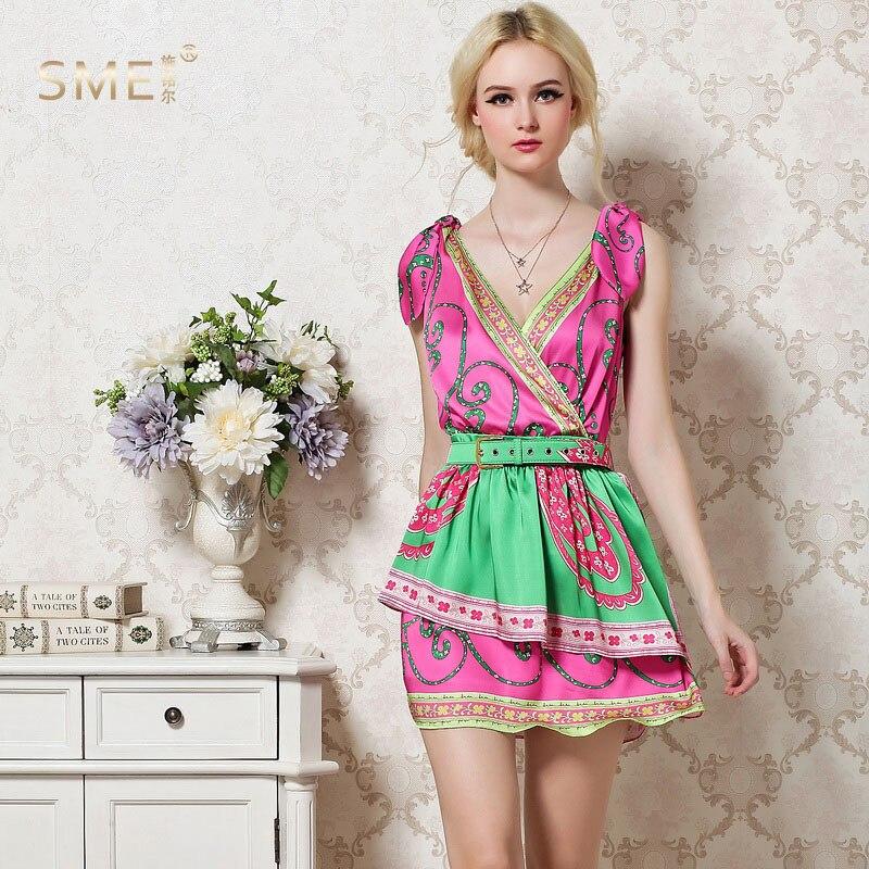 Haut à la mode femmes élégant Sexy col en v sans manches fleur imprimé doux a-ligne Mini robe marque de piste robes de haute qualité