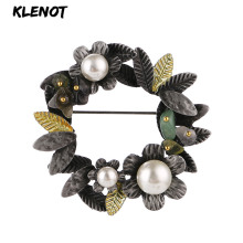 Vintage Garland Plant Leaf Brooches for Women Enamel Flower Pearl Floral Brooch Garland Natural Stone Scarf Pins Bouquet Jewelry rhinestone octopus flower pins and brooches for women plant brooch pearl crystal metal badges natural stone clothes jewelry gift