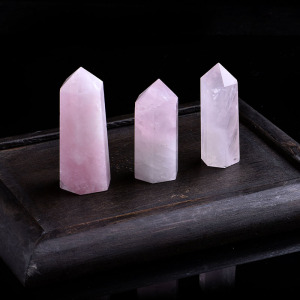 1PC Natural Rose Quartz Crystal Point Mineral Ornament Magic Repair Stick Family Home Decoration Study Decoration DIY Gift