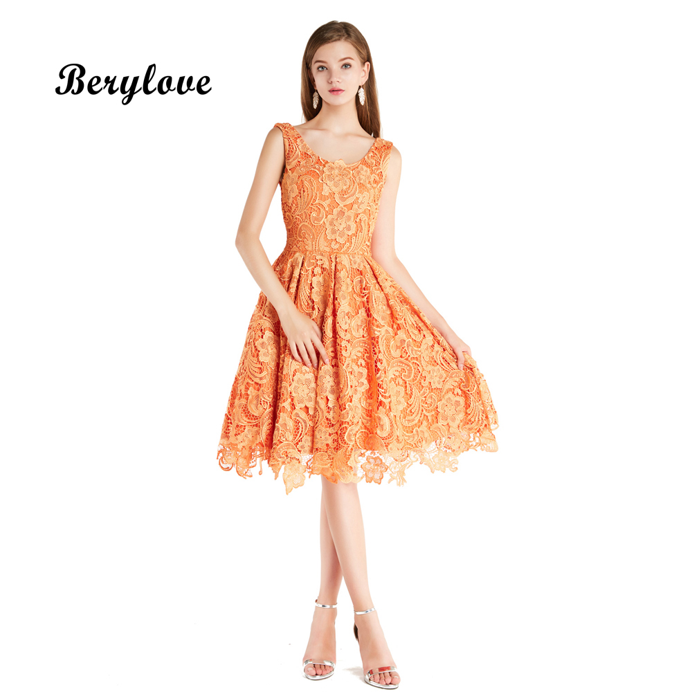 BeryLove Fashion Short Prom Dresses 2018 Knee Length Orange Lace Prom Gowns Plus Size Cheap Teenager Graduation Dresses For Prom